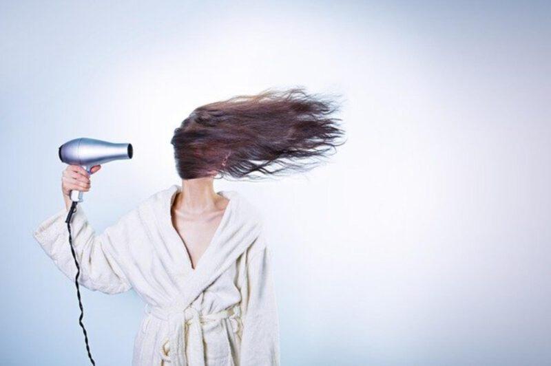 Odżywka do włosów w sprayu